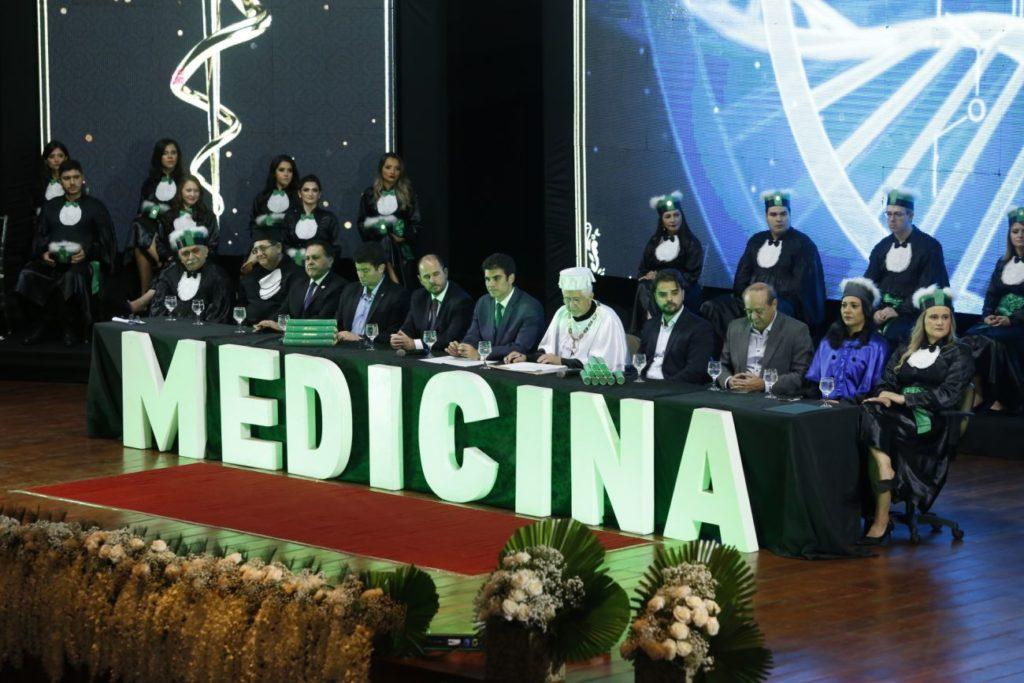UEPA: 17 novos médicos formados em Marabá