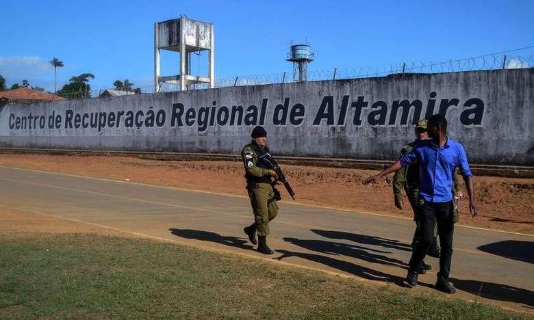 20 corpos são liberados pelo IML das vítimas que morreram carbonizadas no massacre de Altamira