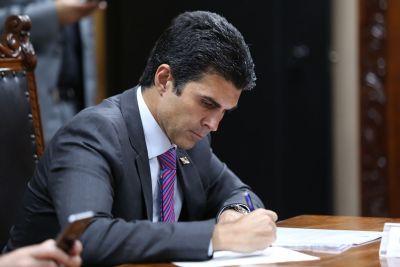 Governo do Estado publica decreto sobre projeto e reabertura gradual de serviços