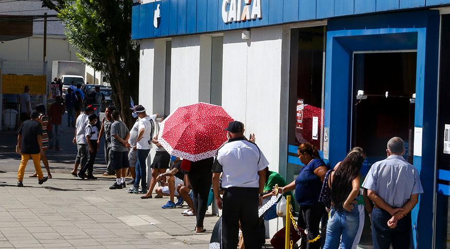 IBGE : Distribuição de auxílio emergencial alcança 29,4 milhões de domicílios em junho