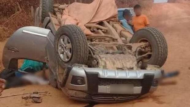 Carro capota e deixa uma pessoa morta e sete feridas no interior do Pará
