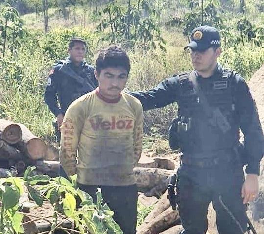 """Polícia Militar prende """"Gaguinho da 13"""" escondido em Goianésia do Pará"""