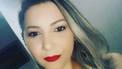 Após 4 meses internada, mulher descobre traição da mãe com seu marido