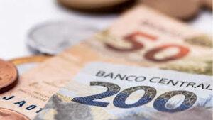 Salário mínimo de 2021 tem valor maior que o esperado