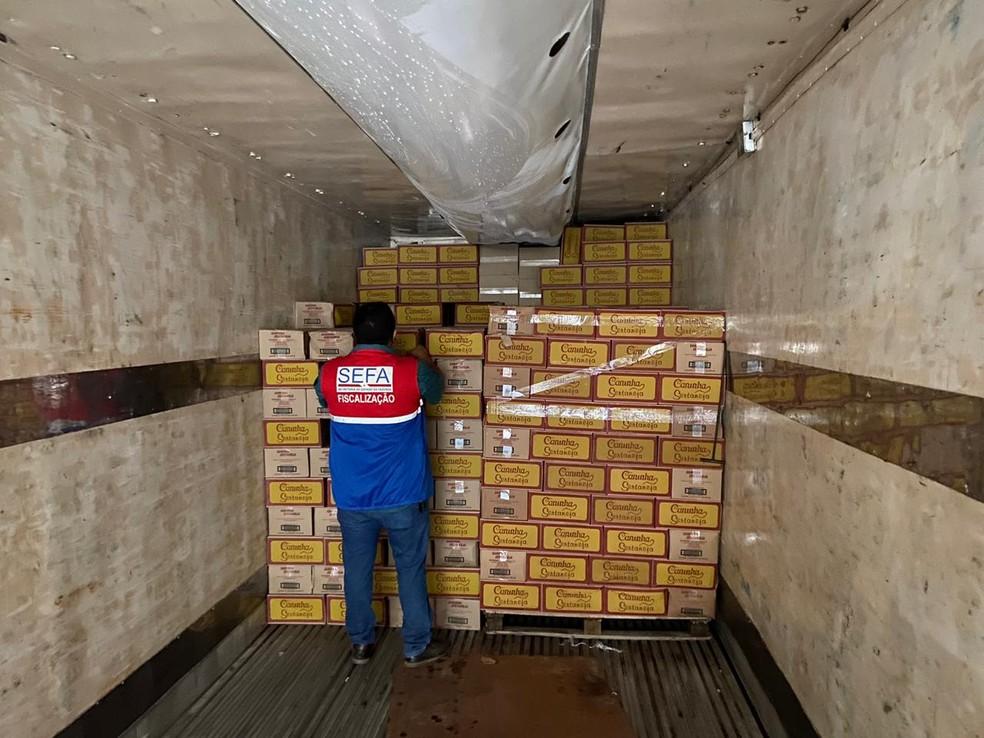 Mais de 11 mil garrafas de cachaça são apreendidas em Marabá