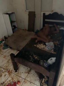 Mãe ficava presa em quarto imundo pela própria filha