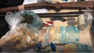 Polícia prende cinco e apreende drogas, em Anapu