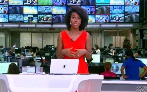Ao vivo: Casal fazendo sexo aparecem no telão do Jornal Hoje