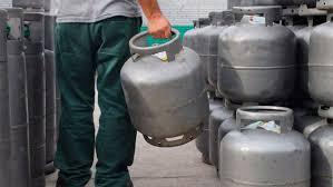 Gás de cozinha fica 6% mais caro a partir de hoje, afirma Petrobras