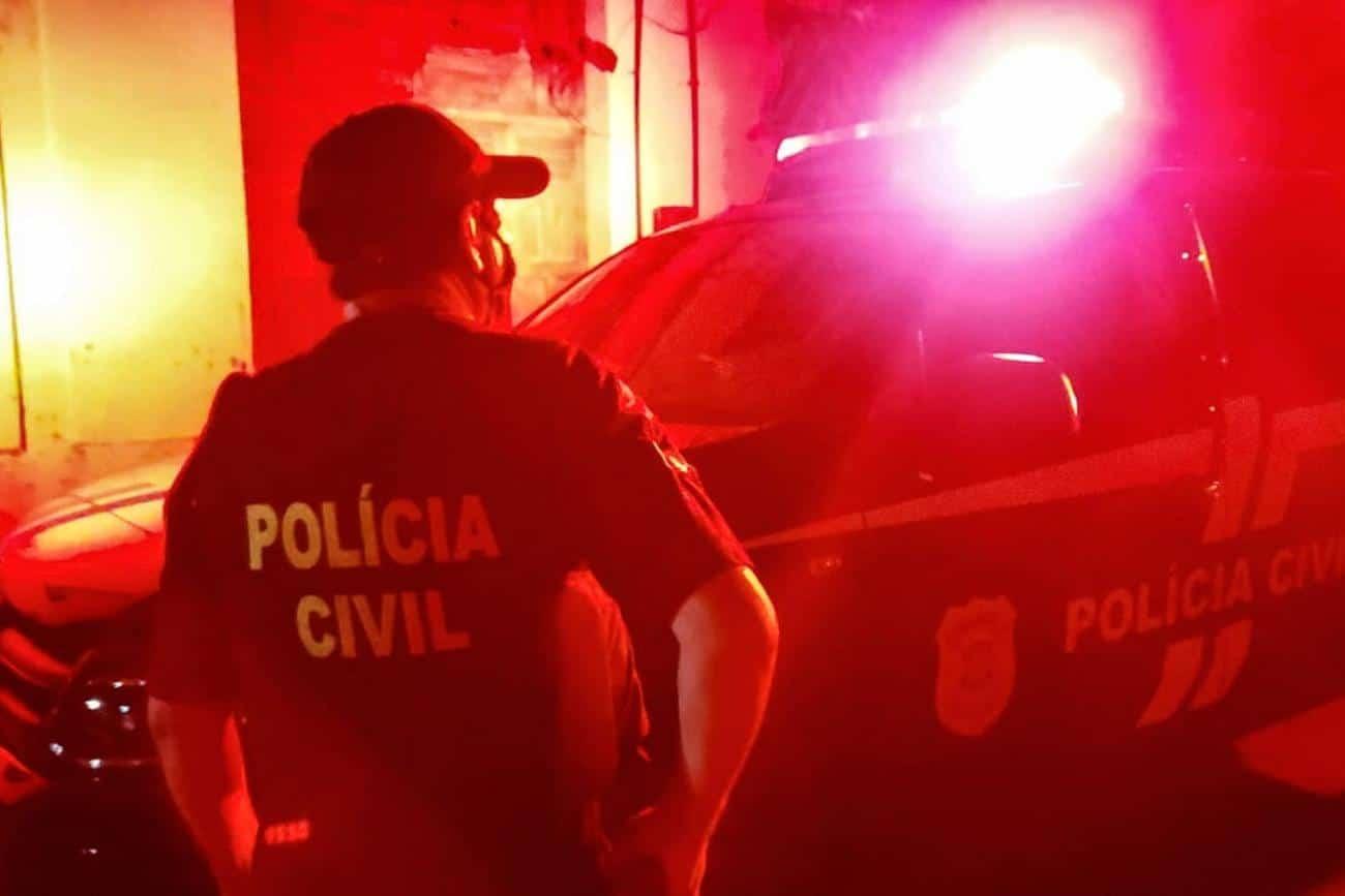 Governador atualiza bandeiramento e proíbe bares e festas em todo o Estado