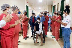 O último ferido na queda de umatorre de transmissão em Pacajá, Sudoeste do Pará,recebeu alta do Hospital Regional Público da Transamazônica (HRPT) na última quinta-feira (12).